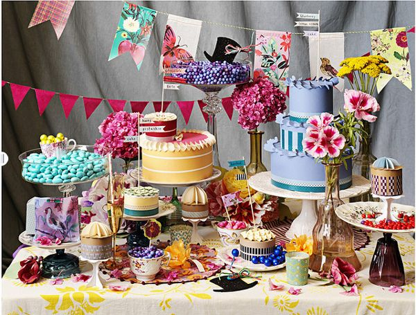 Mmmmmm!: Sweet Tables, Cakes Tables, Hatters Teas, Alice In Wonderland, Mad Hatters, Parties Ideas, Parties Tables, Desserts Tables, Teas Parties
