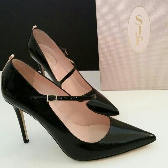"""FINAL SALE!  HP SJP by Sarah Jessica Parker Gorgeous Asymmetrical Mary Jane // Heel height 3.5"""" // Euro 41 - Fits like a US 10 // Worn ONCE // NO PayPal & NO Trades // Price is firm. // Please be familiar w designer sizing - Posh does not support returns. SJP by Sarah Jessica Parker Shoes"""