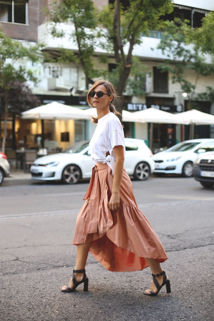 ladyaddict: White t-shirt+midi skirt+heeled sandals. SS outfit 2016 http://fancytemplestore.com