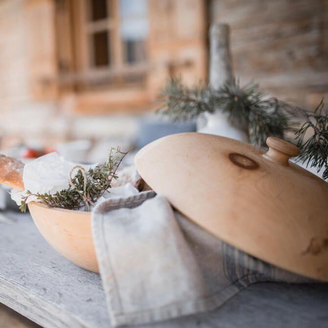 Brottopf Zirbenholz   Barefoot Living by Til Schweiger #interior #food