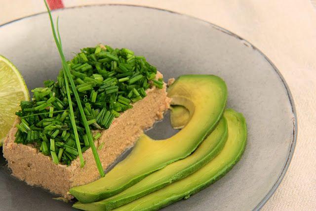 szczypta smaQ: Weekendowe śniadanie - masło tuńczykowe