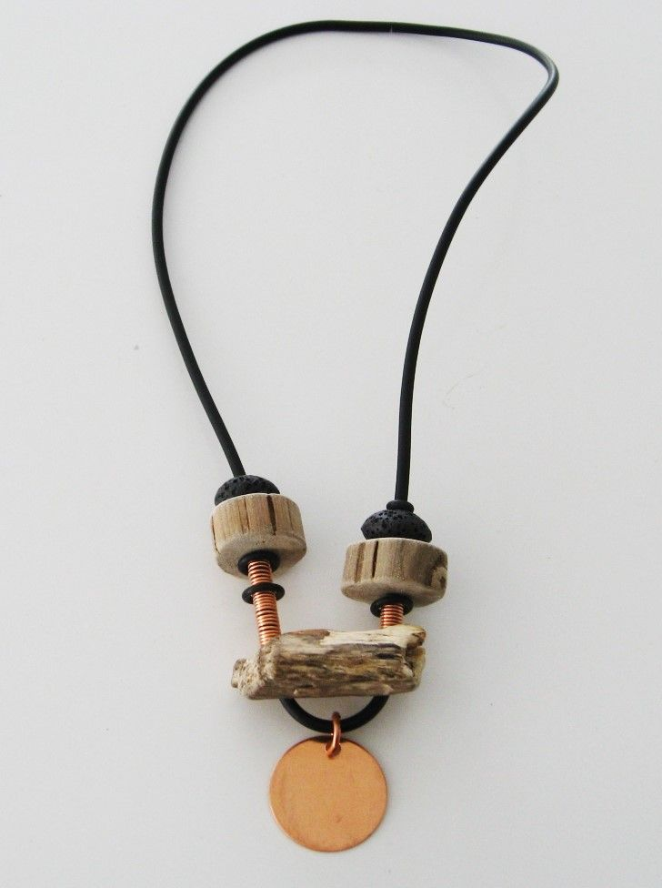 Halsband, koppar, drivved, gummi Necklace, copper, driftwood, rubber