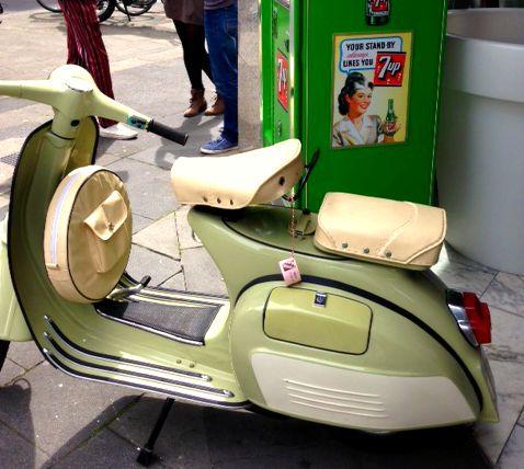 Sixties Roller