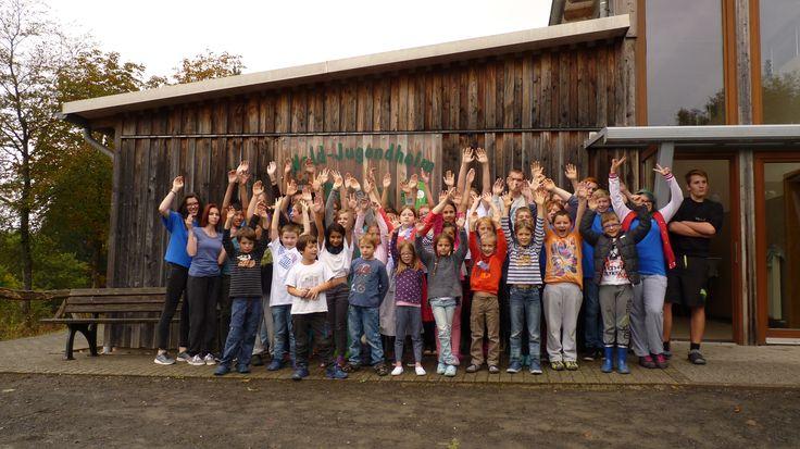 Jugendreisen54 ist ein ehrenamtlich geführtes Projekt des gemeinnützigen Vereins Kinderlachen-Eifel e.V. und bietet Kindern sowie Jugendlichen spannende Ferienfreizeiten und Aktion reiche Wochenenden in Deutschland und Europa. Jugendreisen und Ferienfreizeiten 2017 - Jetzt buchen!   Betreute Kinder- und Jugendreisen