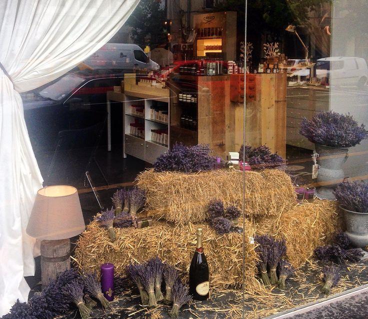 Madison Perfumery /  Detail / Window Display by Mihaela Damian