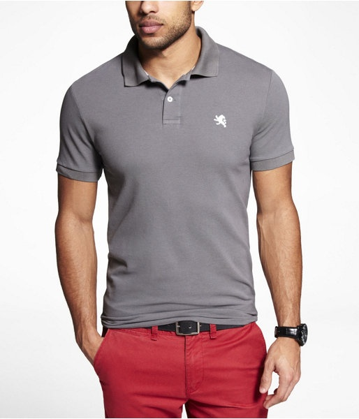 Express Mens Fitted Small Lion Pique Polo Vapor, X Large