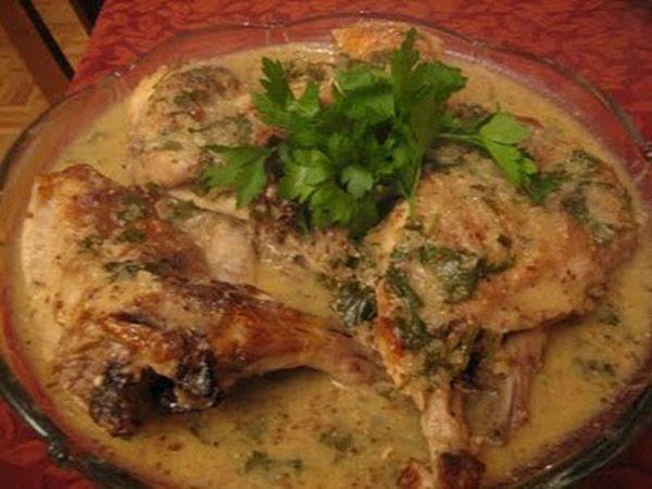 Κουνέλι με γιαούρτι (παραδοσιακή κρητική συνταγή )