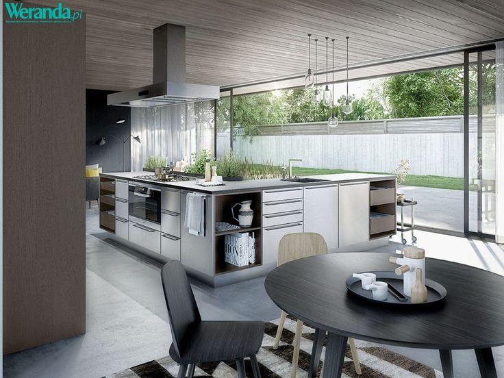 Nowoczesna kuchnia z wyspą #kuchnia #nowoczesna #salon #kuchenny #aneks #inspiracje #pomysły  #salon #dom #mieszkanie #wnętrze #mieszkania #wnętrza #szafki #stół #szkło #drewno #kafelki #płytki #terakota #wodoodporny #piękna #aranżacje #projekty #aranżacja #projekt #pomysł #urządzanie  #kitchen #ideas #inspiration #house #big #villa #glamour #style #interior #project #architecture #design