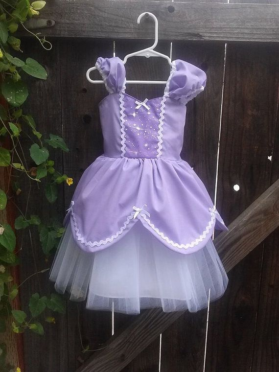 **********************SOFIA THE FIRST DRESS ************** This Sofia the First dress is a pretty new version of my princess tutu
