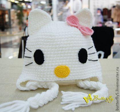шапка+Китти.+Шапка+Кошечка+идеально+подойдет+для+девочки,+украсит+и+порадует+ребенка!++++Возможно+связать+из+любой+пряжи.++++персонаж+японской+поп-культуры,+маленькая+белая+кошечка.+Игрушки+Hello+Kitty+—+популярные+в+Японии+и+во+всём+мире+сувениры.