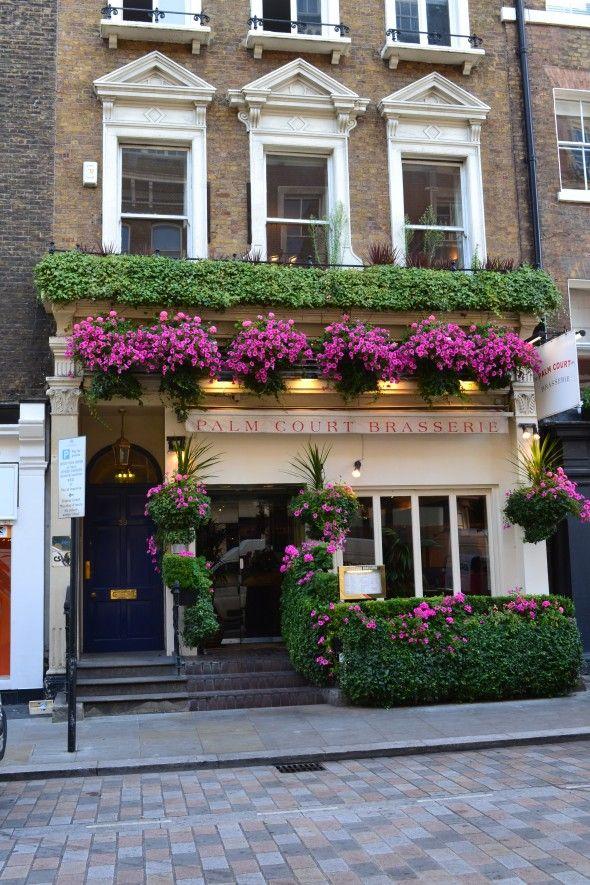 17 mejores im genes sobre fachadas de tiendas y for Cafe du jardin covent garden