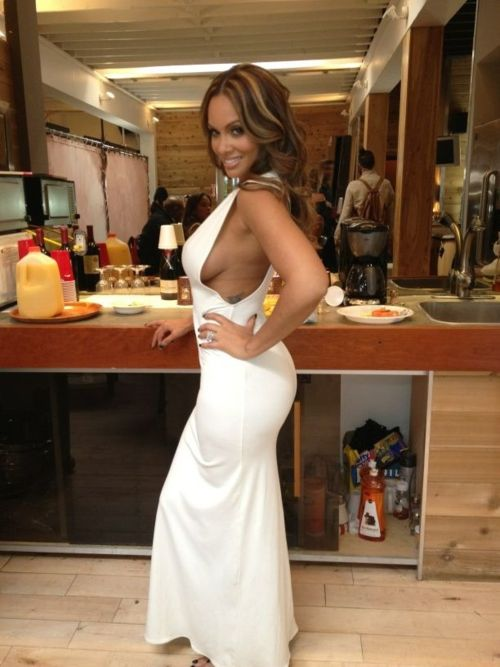 white dress evelyn lozada