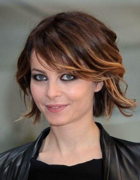 Tagli capelli mossi media lunghezza 2012