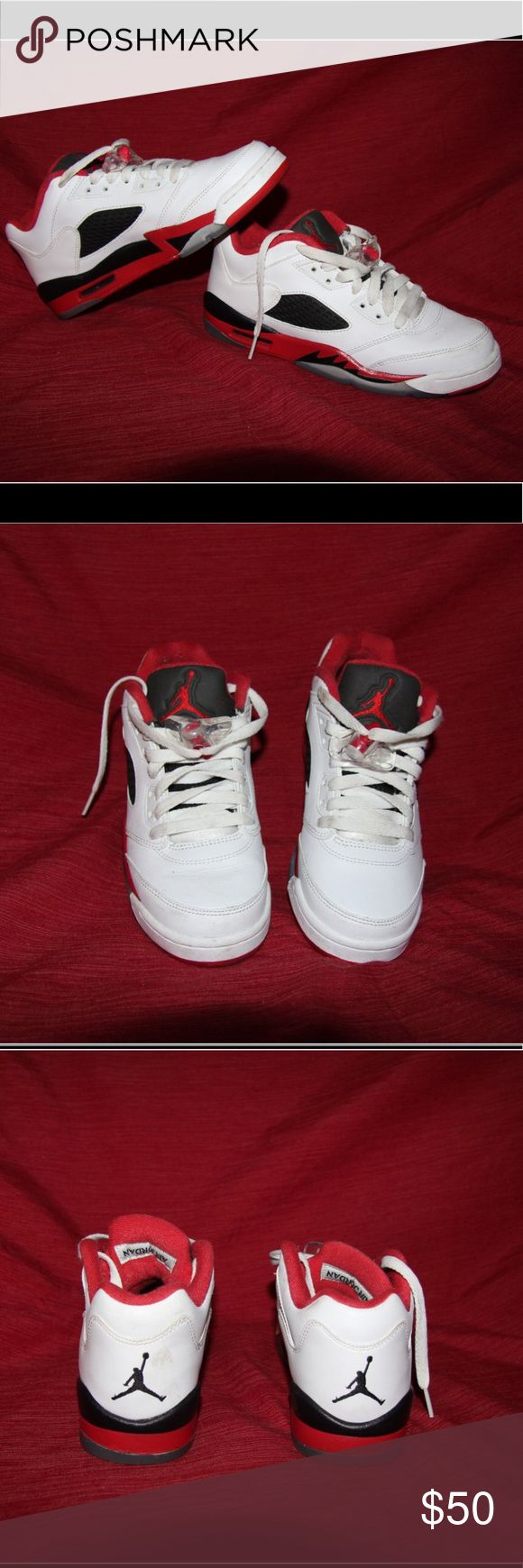 Authentic Nike Air Jordan size 8.5 Bundle 2+ and get %15 discount!   Authentic Jordans, in perfect condition, looking for a new mummy owner Air Jordan Shoes Sneakers