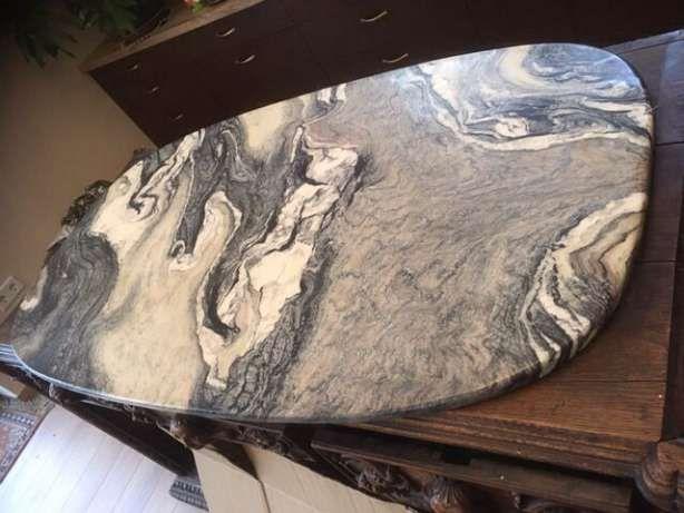 Duży, owalny blat marmurowy z bardzo ciekawym wzorem Wodzierady - image 2