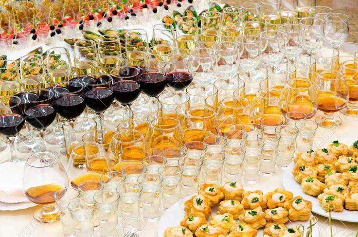 Resultado de imagen de mesa con bebidas