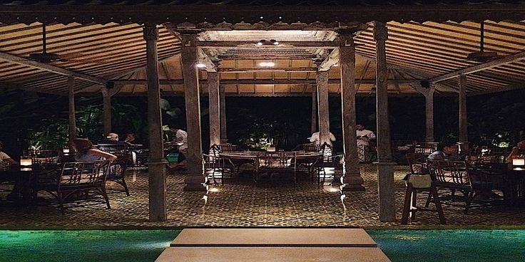 Dine in majestic pavilions that appear to floating on water at Bambu. #citynomadsbali http://www.citynomads.com/directory/restaurant/asian/2479/bambu-restaurant