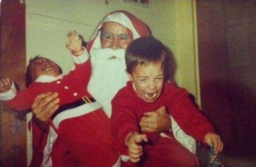 http://1.bp.blogspot.com/-8CAOrUW3dVA/TuU6KwBnAFI/AAAAAAAAAHE/UtZebLa-rcQ/s1600/scary+santa.jpg