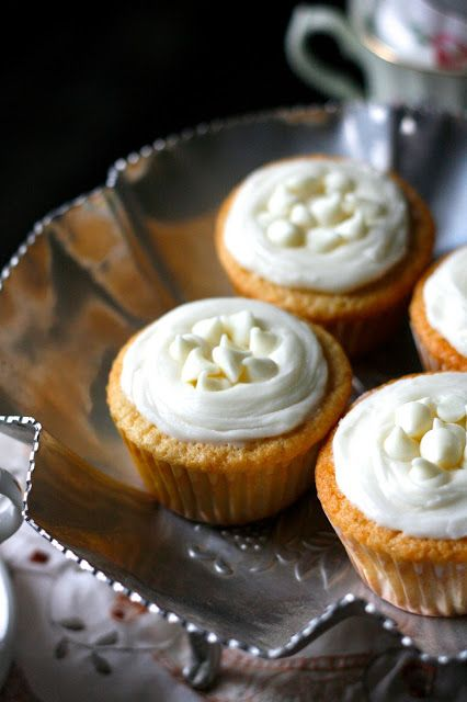 White Chocolate Honey Chamomile Cupcakes | Cupcakes! | Pinterest