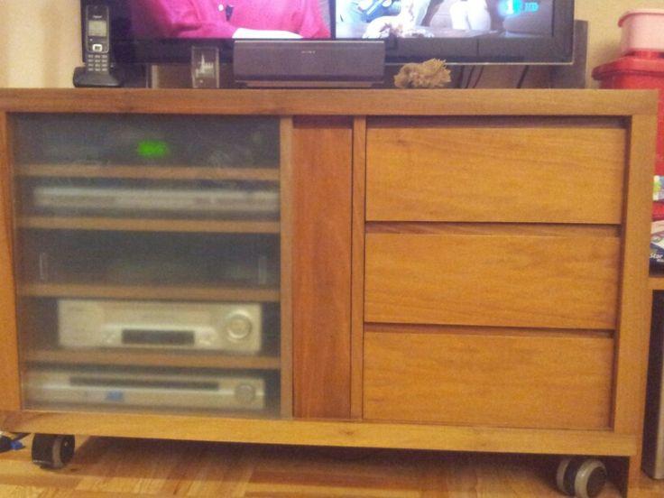 Muebles de para televisión ; creado en Alm Carpinteria