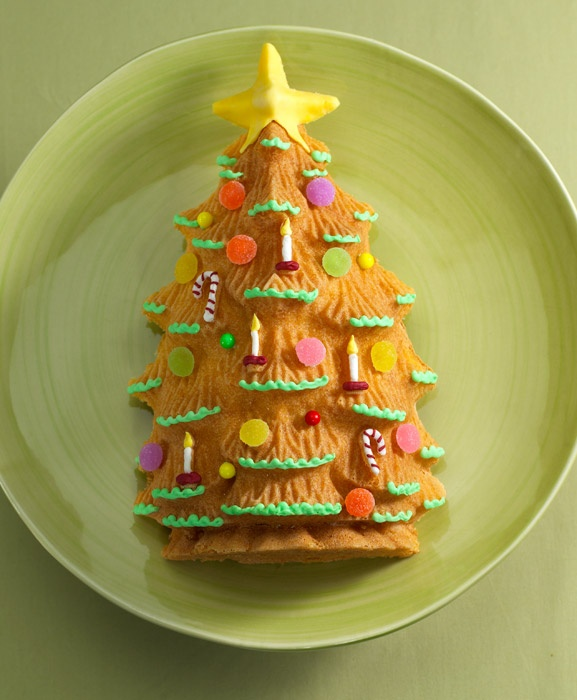 Forma do ciasta Choinka - Nordic Ware, dowiedz się więcej na FabrykaForm.pl