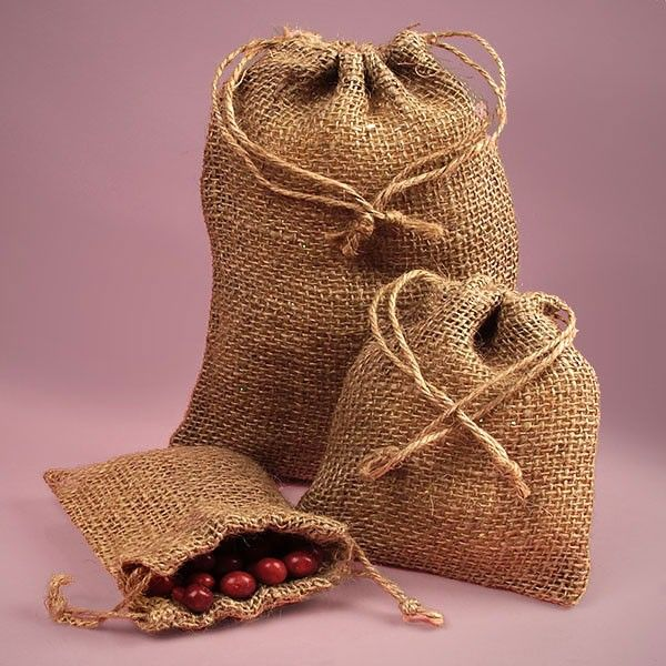 Jute bags Vs. Plastic bags: Comparison and Facts -Jute Products Suppliers