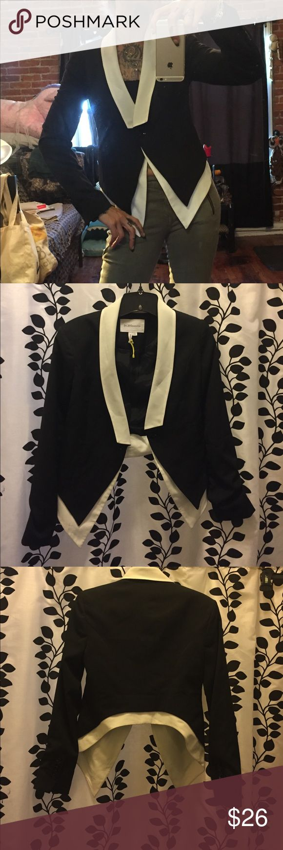 New without tags BCbgeneration cropped blazer Black with white detailing. Long in front and cropped in back. Single button. Never worn. So cute. Says xxs but fits more like a sm BCBGeneration Jackets & Coats Blazers