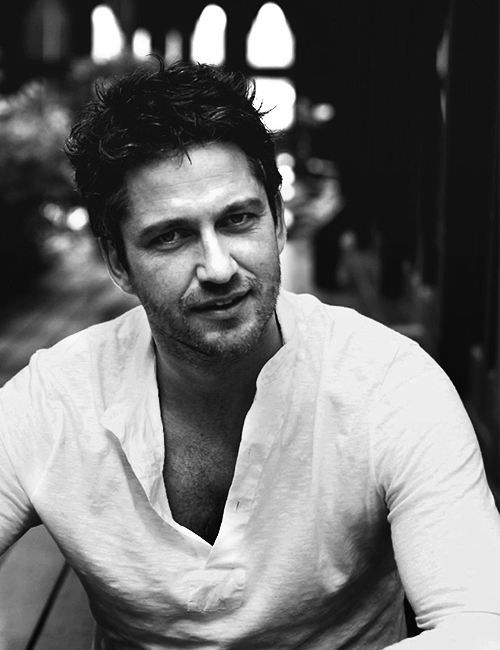 142 best images about Gerard Butler in b&w on Pinterest ...