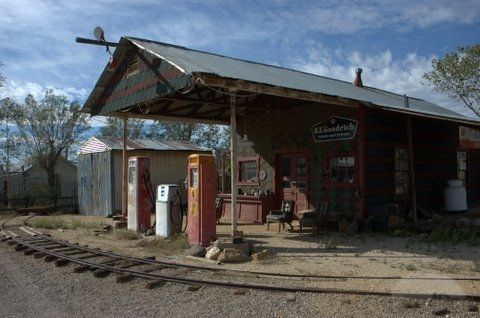 Old Gas Stations.From a time and place no longer appreciated
