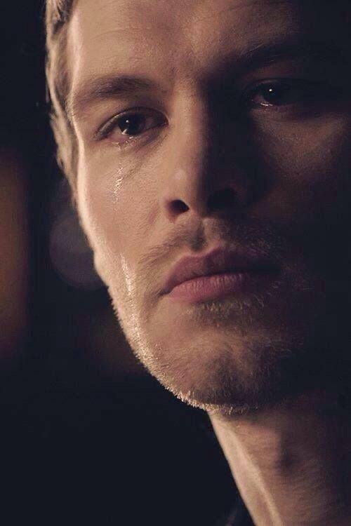 Literally cannot handle when Klaus cries. It is my absolute undoing. <\3 #KlausMikaelson #TheOriginals