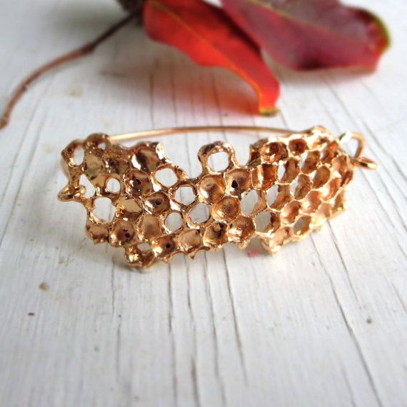 Hey, I found this really awesome Etsy listing at https://www.etsy.com/listing/219182122/honeycomb-bracelet-beehive-bronze-and