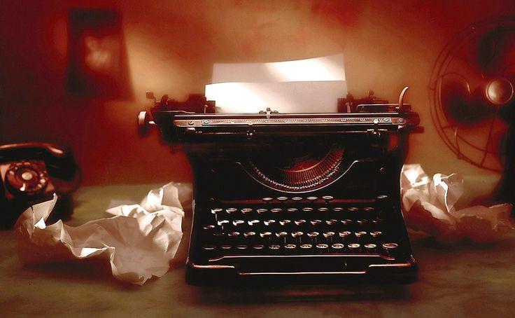 Quiero escribirte.. Quiero decir todo lo que siento..  La facilidad con la que mis letras salen cuando se refieren a ti... Quiero deshacerme de este silencio..