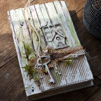 """Handmade by Smilla: Setting """"Altered book"""" and my shed :)"""