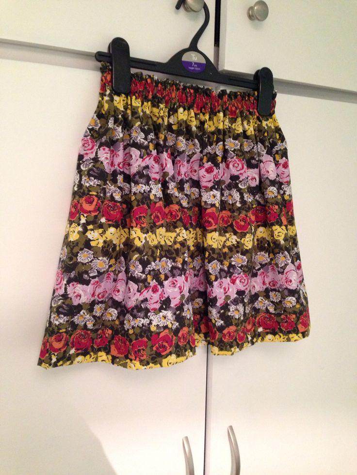 Elasticated waist girls party skirt