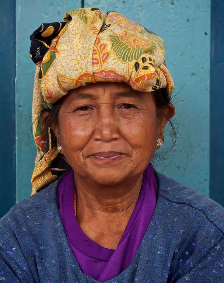 Toraja woman- Sulawesi, Indonesia | Flickr - Photo Sharing!