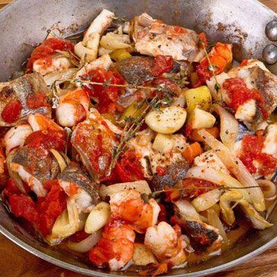 Рыбная сковорода по романски