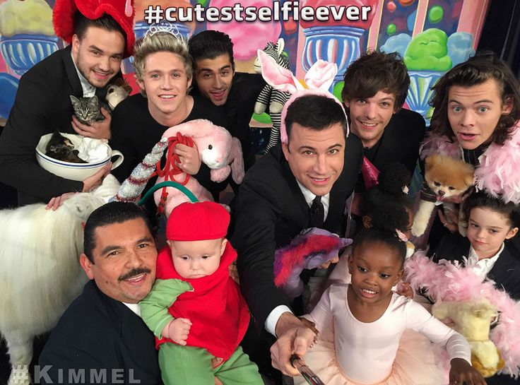 Harry Styles Addresses Rumor That He Sent Taylor Swift 1,989 Roses to Celebrate 1989's Success  Cutest Selfie Ever, One Direction, Jimmy Kimmel