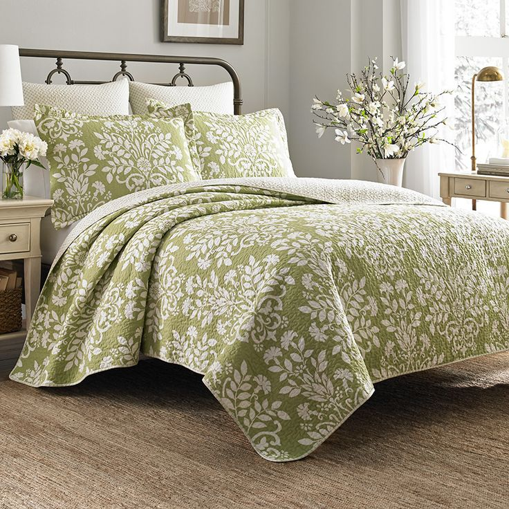 1000 Images About Laura Ashley Bedding On Pinterest White Quilts Blue Comforter And Laura Ashley