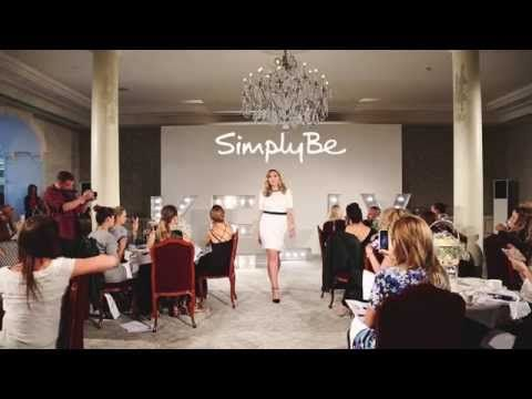 Video: Kelly Brook for Simply Be Fashion Show - Kelly Brook - Kelly Brook