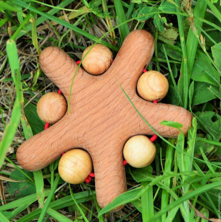 Купить Грызунок Звездочка с можжевеловыми бусинами - коричневый, грызунок, грызунок из бука, грызунок из дерева