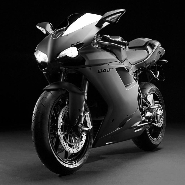 Black Beauty! The Ducati 848 Evo!