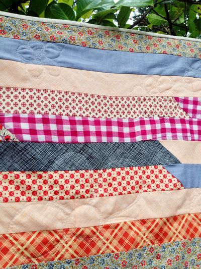Jelly roll race quilt tutorial