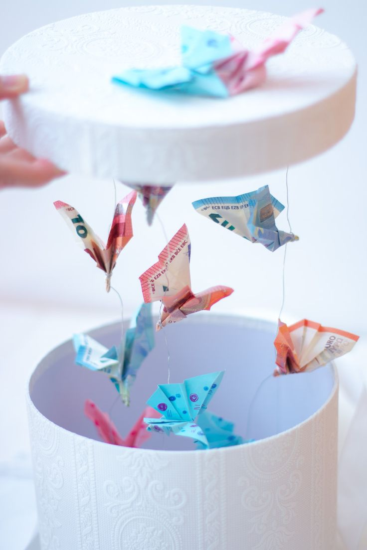 DIY Geldgeschenk für Hochzeiten und anderen Feiern: Fliegende Schmetterlinge in…