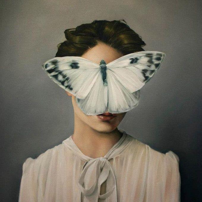 Conheça as pinturas da artista Amy Judd que cria retratos incríveis de mulheres misteriosas e carregados de elementos de força, ao invés de fragilidade.