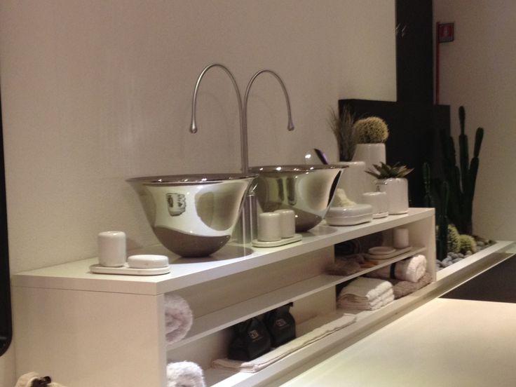 17 migliori idee su bagni in bianco e nero su pinterest - Migliori miscelatori bagno ...
