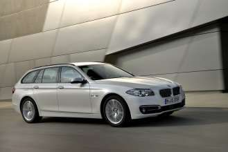 The new BMW 520d Touring. (09/2014)