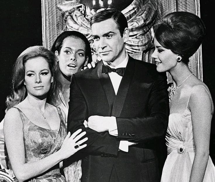 Thunderball / 1965 / Luciana Paluzzi /Martine Beswick / Sean Connery / Claudine Auger