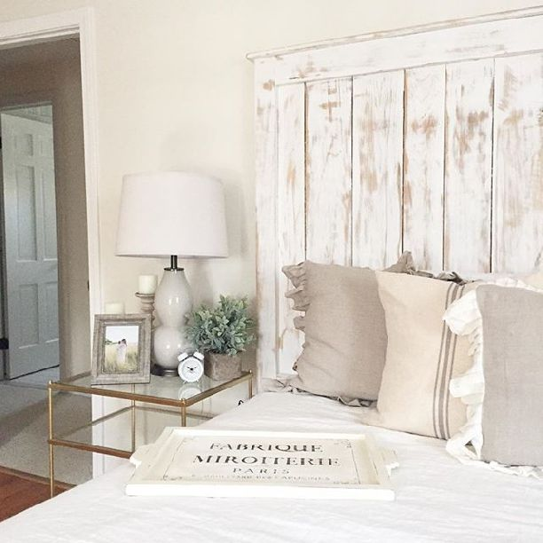 french farmhouse bedroom decor Best 25+ Country farmhouse decor ideas on Pinterest | Farmhouse decor, Country master bedroom