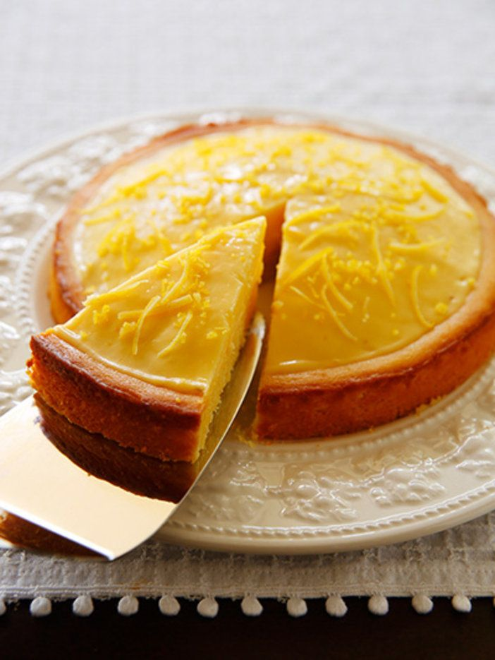 どこか懐かしいレモンケーキ! シンプルな甘酸っぱさは揺るぎない人気|『ELLE a table』はおしゃれで簡単なレシピが満載!