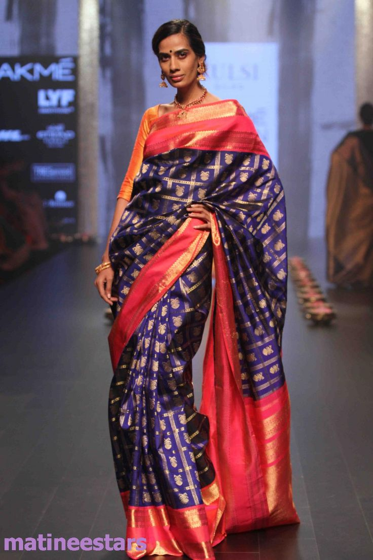 Models Walks For Santosh Parekh At Lakme Fashion Week Winter Festive 2016 - Hot Models Photo Gallery - High Resolution Pictures 10